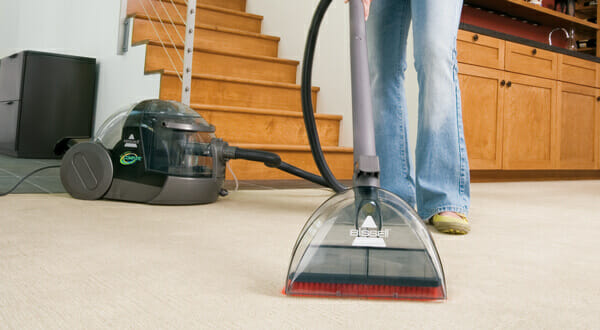 The-6-Right-Ways-To-Vacuum-Your-Carpet